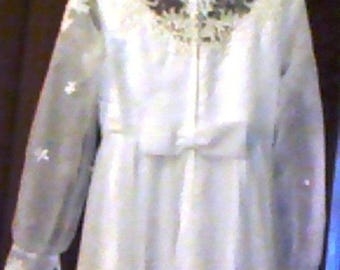 No. 11 Listing is an XS Unbranded custom made wedding dress gently worn once and preserved
