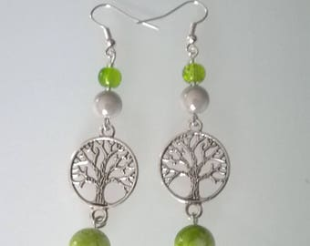Earrings dangle tree of life green/white