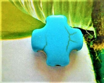 Turquoise cross Howlite 15 x 15 mm 2