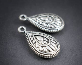 2 pcs - charms pendants drops tribal ethnic Oriental • silver • 23mm