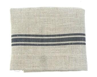 Linen with black stripes 50 x 80 cm