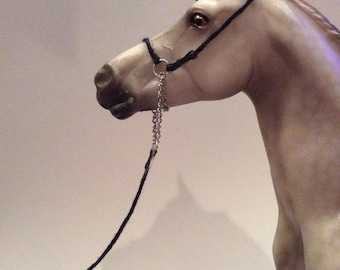 1:9 Traditional Scale Model Horse Show Halter