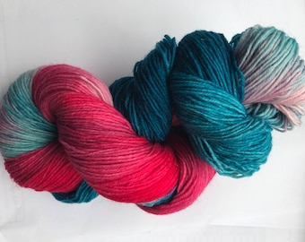 100 g hand-dyed sock yarn, color water lily