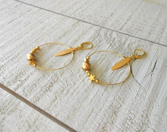Gold Hoop, frosted Pearl and Star