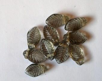 Set of 10 smoky pressed glass leaf beads