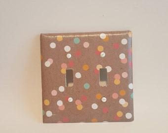 Wall plate (Multi dots)