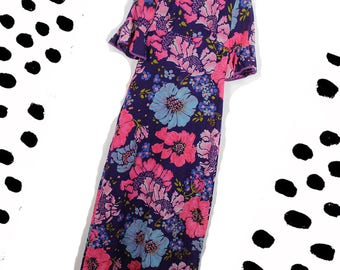 1960's Flute Sleeve Maxi Dress