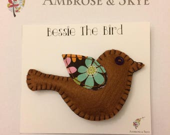 Bessie the Bird Brooch