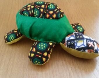 Small turtle plushie