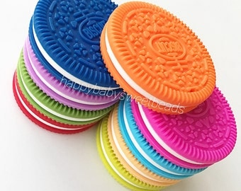 Silicone teether biscuit Oreo, bright colors , Teething toy , baby Silicone Teether Oreo