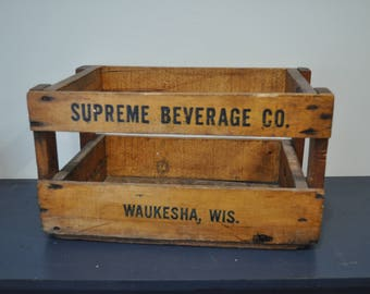 Vintage Wood  Crate - Supreme Beverage Co. Waukesha, WIS.