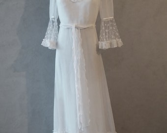 Vintage 70s floor-length white wedding dress