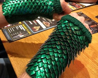 Metal Dragon Scale Gloves