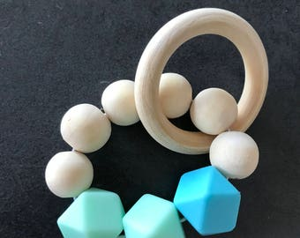 WOODEN RATTLE / teether silicone and wood
