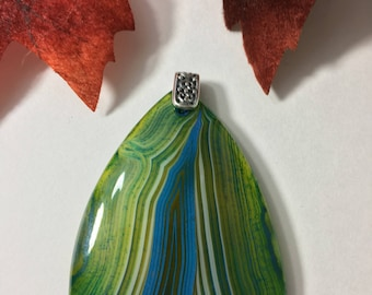 Onyx Green Stripes Agate Pendant Shield Shaped Stone