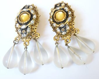 Chantal THOMASS * vintage clip Earrings from 80's authentic baroque resin