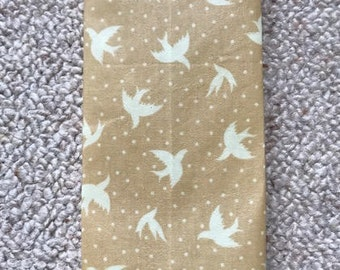 LARGE Reusable Beeswax Food Wrap Mustard Yellow/Gold Swallows Polka Dots 30cm x 30cm Zero Waste Eco Friendly