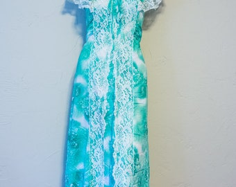 Vintage green floral and lace long dress