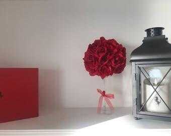 circular rose modern centerpiece