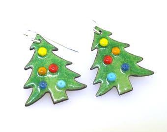 Christmas Tree Earrings, holiday jewelry, holiday earrings, Christmas jewelry, green glass enameled Christmas earrings by Kathryn Riechert