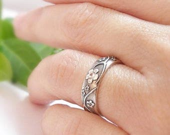 Womens Wedding Band Ring Silver Diamond