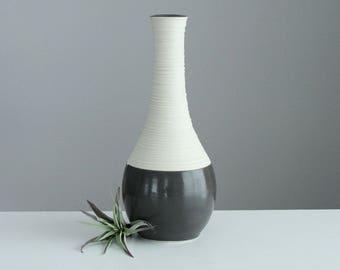 Ceramic Vase Grey Pottery, Groove Vase in Glossy Grey