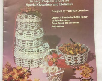 CROCHET: Victorian Christmas Holiday Special Occasions Pattern Leaflet ~ Vintage Crocheting Patterns Plaid 7623