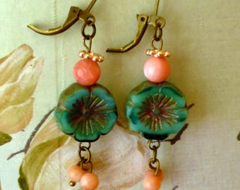 Turquoise Czech Flower Earrings With Pink Beads