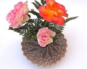 Handmade Ceramic Vase . Wheel Thrown & Kiln-Fired Pottery Ikebana