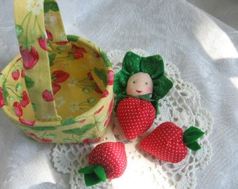 Waldorf Dolls,Waldorf Strawberry Doll,Strawberry Baby,Gift for Gardener,Nature Table,Play Food,Anthropomorphic,Strawberry Doll,Home Decor