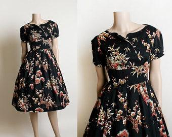 Vintage 1950s Tiki Dress - Floral and Bamboo Print Hawaiian Style Japanese Cherry Blossom Dark Black Cotton Dress - Small