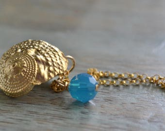 Sundial Seashell Charm Necklace, Gold Fill Necklace, Swarovski Charm, Beach Necklace, Summer Jewelry, Beach Resort Wear, Gift for Her, Lapin