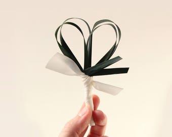 Palm leaf boutonniere, Botanical wedding corsage, Wedding boutonniere, groomsmen buttonhole, Tropical greenery, Simple leaf boutonniere
