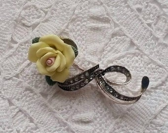 Vintage, Ceramic, Yellow, Rose, Bow, Brooch, Pin with Pale Yellow Rhinestones, Silver Tone