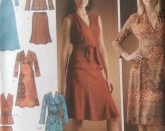 Simplicity 4074 Misses Plus Size Dress,Top,Pullover Skirt and Sash Pattern