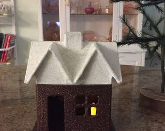 gORGEOUS~XMAS~gINGERBREAD~GLITTER~HOUSE~bROWN~&~wHITE~lIGHT~uP~fILL~wITH~cANDY~cOOKIES~nON~fLAKING~cOATED~w~mOD~pODGE~hANDMADE~