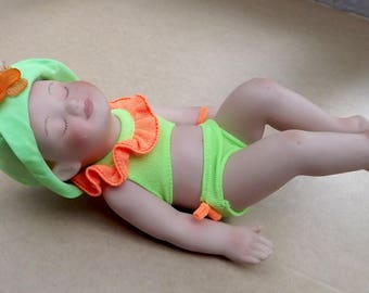 """Vintage Adorable Bathing Beauty Piano Baby 6"""" Bisque Baby Doll Hand Painted L.E. 8662A"""