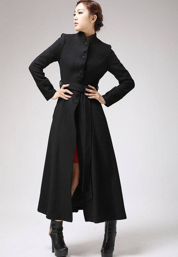 Models of Maxi Women Coats