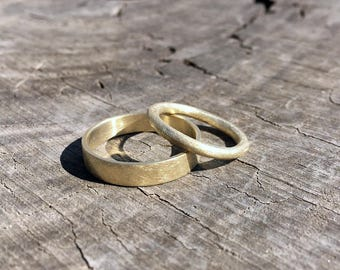 Rough Rugged Couple // Set of 2 Gold Organic Textured Wedding Bands. Hand Made Unpolished 14K Recycled Ancient Style Solid Gold Rings.