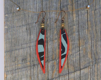 TRAVELER / Wood Earrings / Women's Jewelry / Gifts For Her / Sustainable / Earrings / Acrylic Painting / Art / Art Jewelry