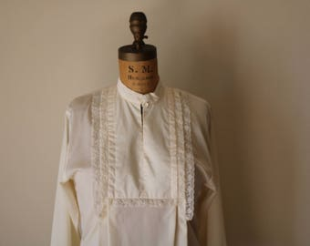 Standing Collar Blouse | S/M 70s vintage folk off white cream ivory lightweight pleated cottage minimal romantic long sleeve shirt vintage m