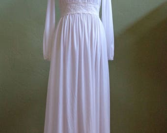 """Vintage 60's-70's White Floor Length Long Sleeved Dress Sheer Lace Bodice with Lined Lace Waistline Bust 35"""" Waist 28"""""""