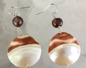 Tiger Nautilus and freshwater pearl earring