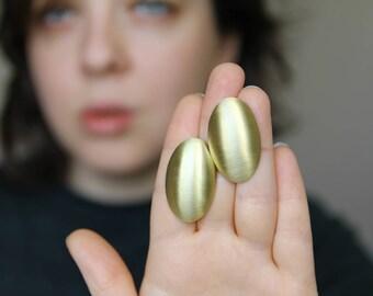 minimalist earrings, brass earrings, minimal earrings, big oval earrings, oval brass earrings, contemporary earrings, fashion earrings