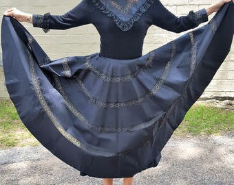 petite fit xs black vintage mourning dress steampunk victoriana 1950s retro gown witchy gothic dress modest high neck black wedding dress