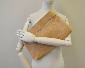 1980s Toni Leather Clutch Purse