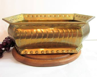 Vintage Large Brass Planter, Solid Brass Oblong Rectangular Planter, Double Arrowhead Pointed Ends, Faux Nailhead Trim