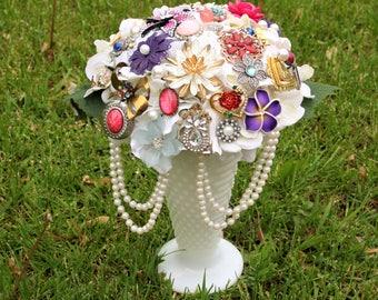 Listing for Deborah vintage brooch bouquet