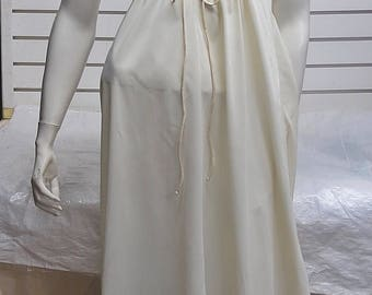 Vintage Long  Nylon NightGown Patricia  Small  #568