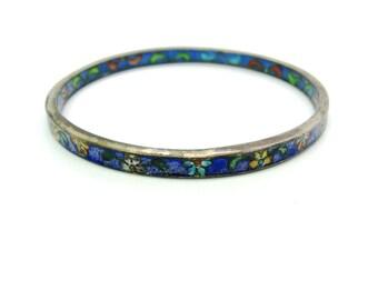 Cloisonne Bangle Bracelet. Narrow Vintage Chinese Blue Enamel w/ Flowers. Cloisonne Interior. Stacking. Antique 1920s Asian Jewelry. Lg Sz